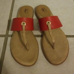 647e01dc0e5 Bass Red Leather Sandles almost new